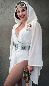 Leia Cosplay 3