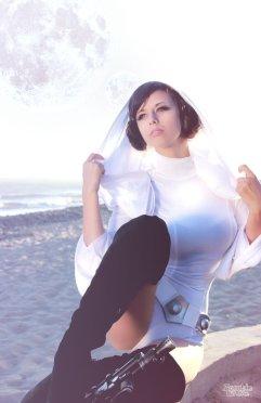 Princess Leia Cosplay 15