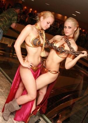 Slave Leia Cosplay 6