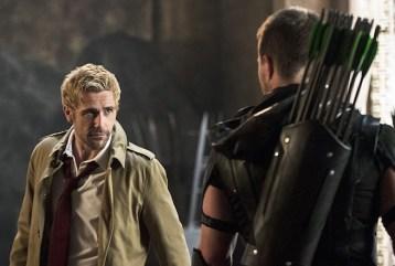 Arrow_4x05_Constantine-Arrow_2