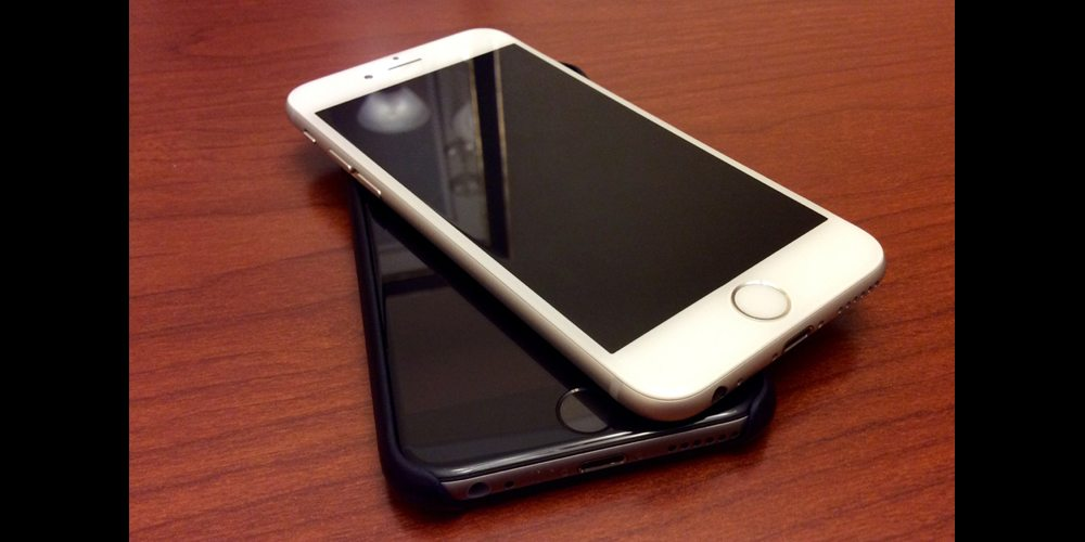 2 iphones