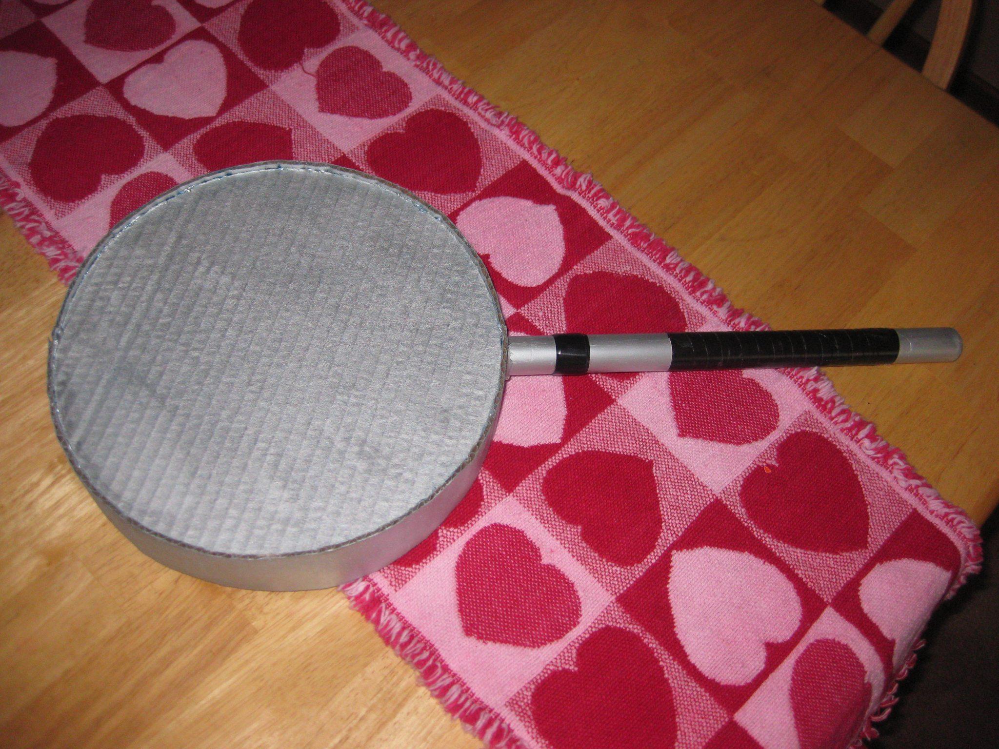 A magnifying glass for a Sherlock fan...no, it's not a frying pan.