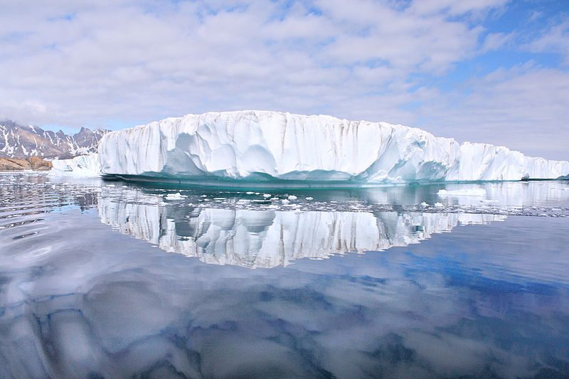 There is definitely plenty of ice as well. Photo: CC BY 2.0 by russavia