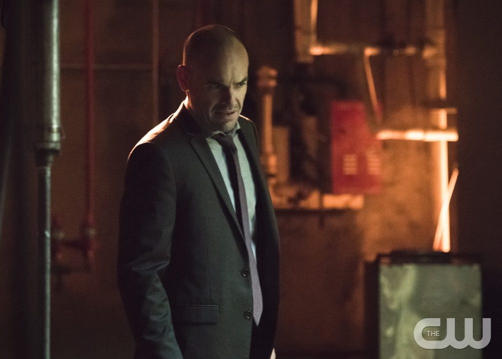 "Arrow -- ""Beyond Redemption"" -- Image AR405B_0150b.jpg -- Pictured: Paul Blackthorne as Quentin Lance -- Photo: Dean Buscher/ The CW -- �© 2015 The CW Network, LLC. All Rights Reserved."