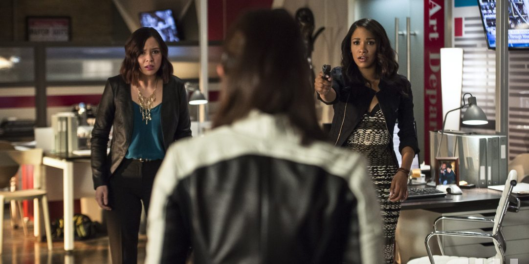 "The Flash -- ""The Darkness and the Light"" -- Image FLA205B_0131b.jpg -- Pictured (L-R): Malese Jow as Linda Park and Candice Patton as Iris West -- Photo: Cate Cameron/The CW -- �© 2015 The CW Network, LLC. All rights reserved."