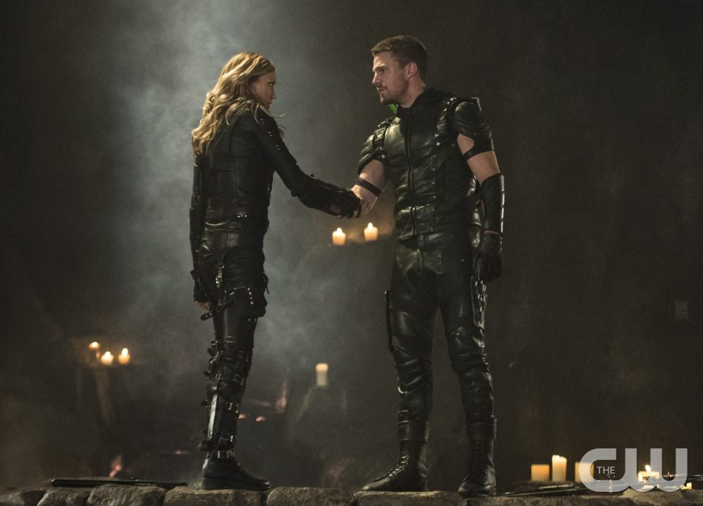 "Arrow -- ""Haunted"" -- Image AR404B_0406b.jpg -- Pictured (L-R): Katie Cassidy as Black Canary and Stephen Amell as The Arrow -- Photo: Cate Cameron/ The CW -- �© 2015 The CW Network, LLC. All Rights Reserved."