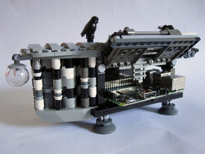 The LEGO Analytical Engine doubles as a Raspberry Pi enclosure. Photo: LEGO Ideas.