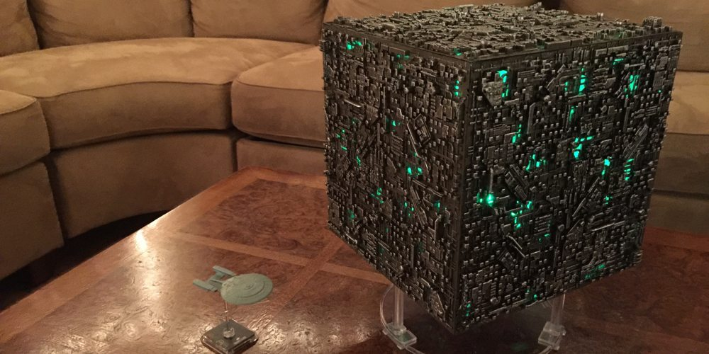 Light That Borg Cube Up Like a Christmas Tree!