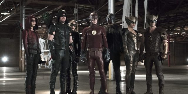 """Arrow -- """"Legends of Yesterday"""" -- Image AR408B_0379b.jpg -- Pictured (L-R): Willa Holland as Speedy, Stephen Amell as The Arrow, Katie Cassidy as Black Canary, Grant Gustin as The Flash, David Ramsey as John Diggle, Ciara Renee as Hawkgirl and Falk Hentschel as Hawkman -- Photo: Katie Yu/ The CW -- �© 2015 The CW Network, LLC. All Rights Reserved."""