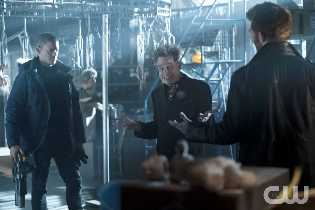 "The Flash -- ""Running to Stand Still"" -- Image: FLA209A_0027b.jpg -- Pictured (L-R): Wentworth Miller as Leonard Snart, Mark Hamill as James Jesse/Trickster and Liam McIntyre as Mark Mardon-- Photo: Cate Cameron/The CW -- �© 2015 The CW Network, LLC. All rights reserved."