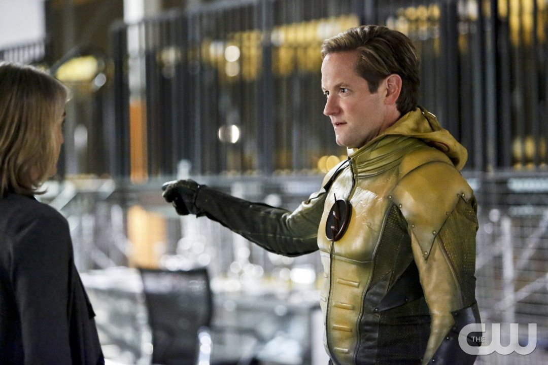 "The Flash -- ""The Reverse Flash Returns"" -- Image FLA211b_0017b -- Pictured (L-R): Amanda Pays as Christina McGee and Matthew Letscher as Eobard Thawne/Reverse Flash -- Photo: Bettina Strauss/The CW -- �© 2016 The CW Network, LLC. All rights reserved."