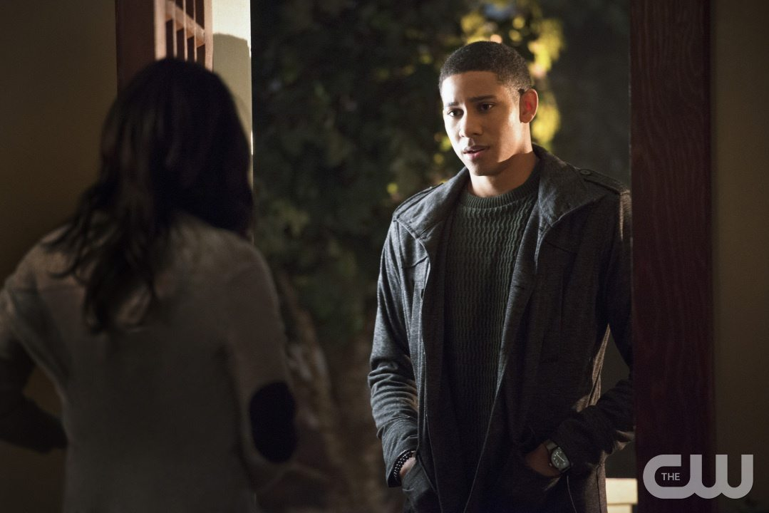 "The Flash -- ""The Reverse Flash Returns"" -- Image FLA211a_0418b -- Pictured (L-R): Candice Patton as Iris West and Keiynan Lonsdale as Wally West -- Photo: Diyah Pera/The CW -- �© 2016 The CW Network, LLC. All rights reserved."