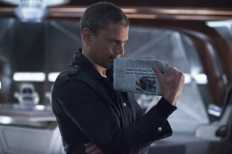 "DC's Legends of Tomorrow -- ""Blood Ties"" -- Image LGN103A_0025b.jpg -- Pictured: Wentworth Miller as Leonard Snart/Captain Cold -- Photo: Cate Cameron/The CW -- �© 2016 The CW Network, LLC. All Rights Reserved."