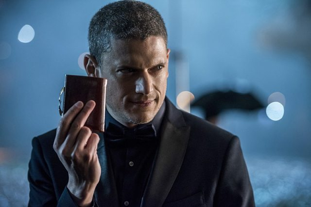 """DC's Legends of Tomorrow -- """"White Knights"""" -- Image LGN104B_0039b.jpg -- Pictured: Wentworth Miller as Leonard Snart/Captain Cold -- Photo: Diyah Pera/The CW -- �© 2016 The CW Network, LLC. All Rights Reserved."""