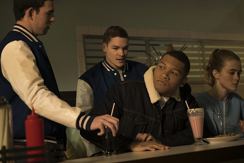 """DC's Legends of Tomorrow -- """"Night of the Hawk"""" -- Image LGN108b_0126.jpg -- Pictured (L-R): Franz Drameh as Jefferson """"Jax"""" Jackson and Melissa Roxburgh as Betty-- Photo: Katie Yu/The CW -- �© 2016 The CW Network, LLC. All Rights Reserved"""