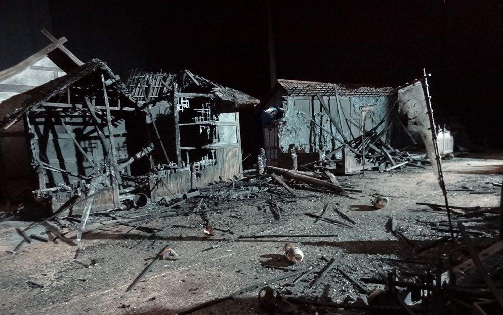 Kubo destroyed village set