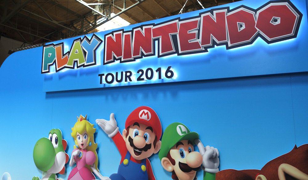 Let This Giant Pokéball Lure You to the Play Nintendo Tour