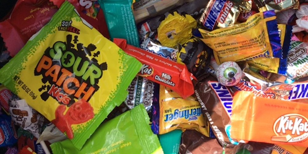 3 Ways to Repurpose Halloween Candy for the Holidays