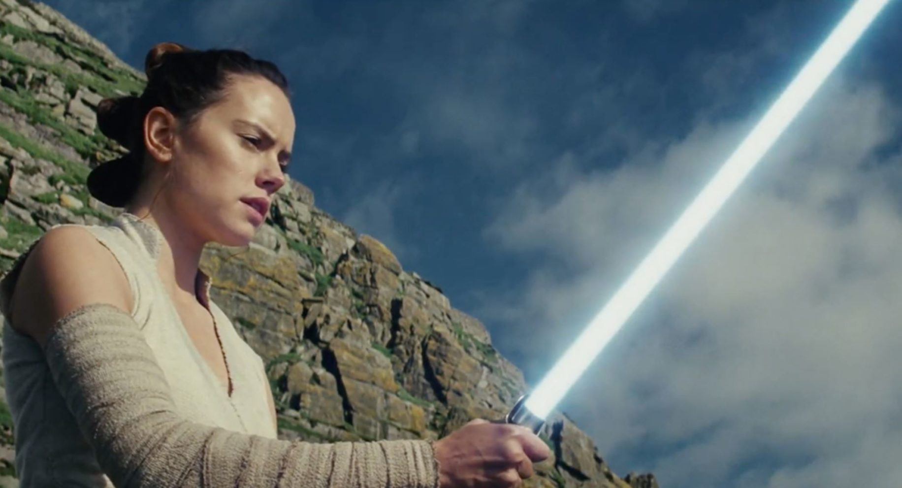 Watch the First Full Trailer for 'Star Wars: The Last Jedi' – With a Small Caveat