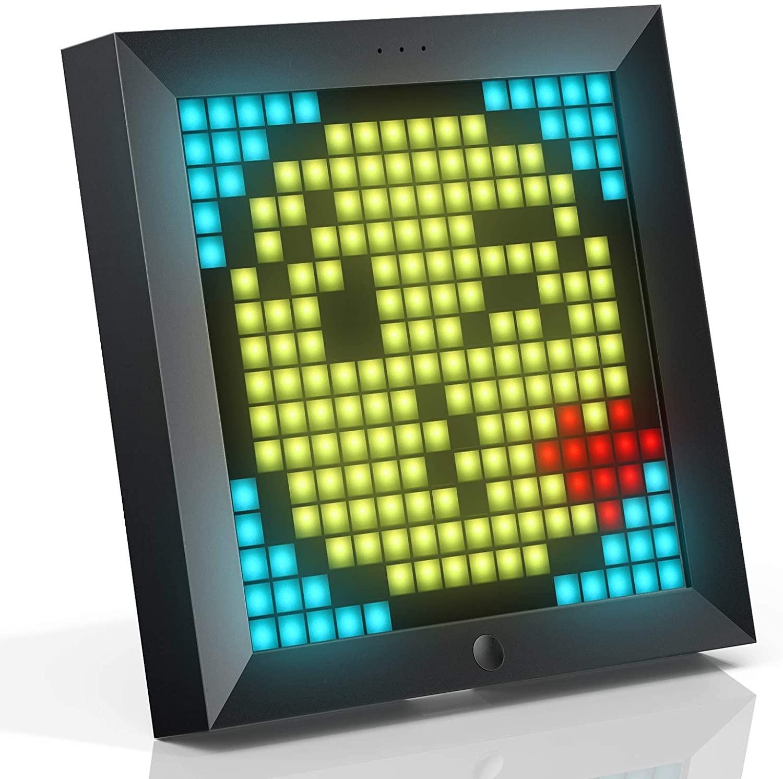 Geek Daily Deals 082320 pixel art