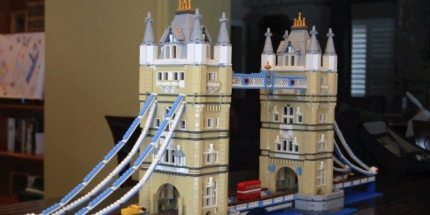 GeekDad Builds the Lego Tower Bridge