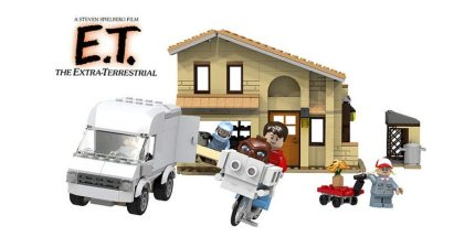 E.T. The Extra-Terrestrial Lands on LEGO Cuusoo