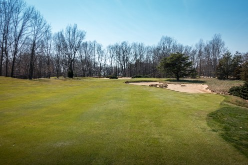#4 - Drives in the right side of the fairway leave a more challenging approach (photo by Scott Vincent)