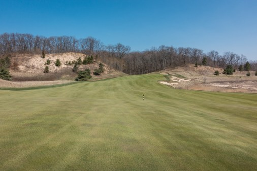 #15 - The landing area on the safe line from the tee (photo by Scott Vincent)