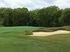 #5 - Par 4 - Bunker short right