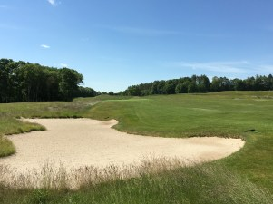 # 8 - Par 5 - Fairway bunker on the approach left