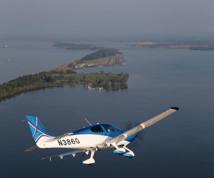 davidmclaykidd-airplane