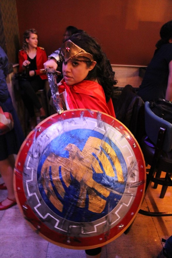 geek-girl-brunch-nycc-2015-fan-girls-night-out-2-cosplay-wonderwoman