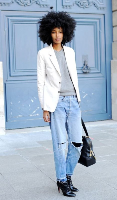 Women's Cute Winter Outfits To Look Comfy in the cold
