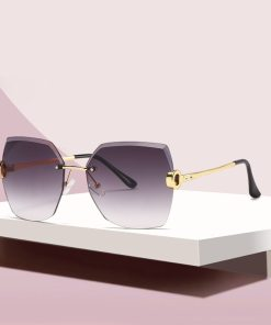 ZXWLYXGX Luxury Brand Sunglasses Women Fashion Black Retro Sun Glasses Vintage Lady Summer Style Sunglasses Female Famous UV400