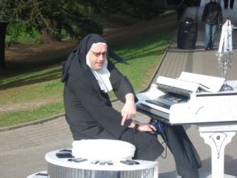 Alton Towers Trip - Nun on a Piano