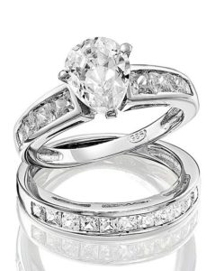 silver cubic zircona ring