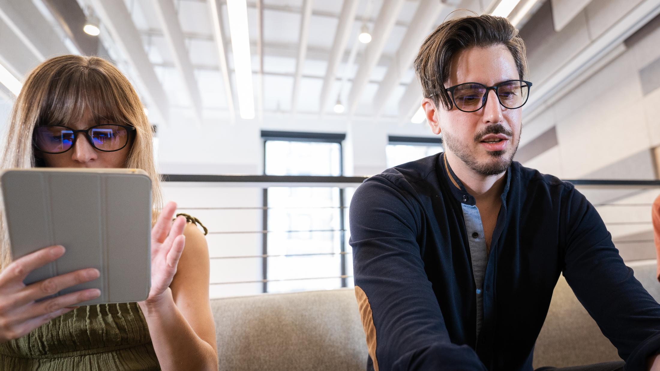 Computer glasses, Glasses
