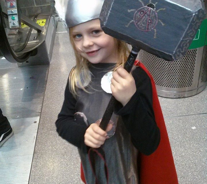 NYCC 2014: Cutest Cosplayer – Thor Cosplay