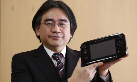 Thousands Pay Their Respect at Satoru Iwata's Funeral