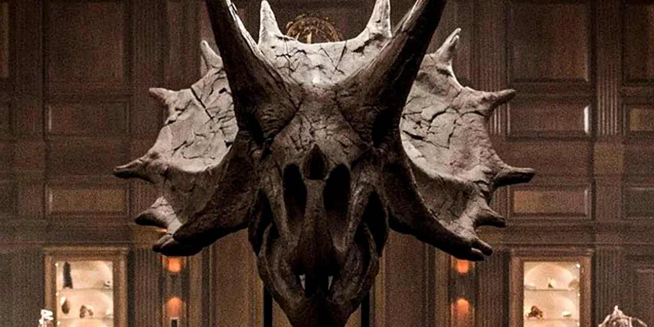 James Cromwell Teases Direct Link Between Jurassic World 2 and Original Jurassic Park