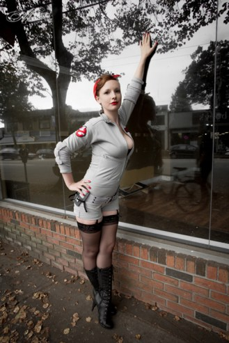 ghostbuster_pinup_cosplay_02