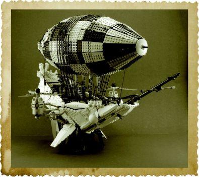 Checkered Airship © Mike Psiaki
