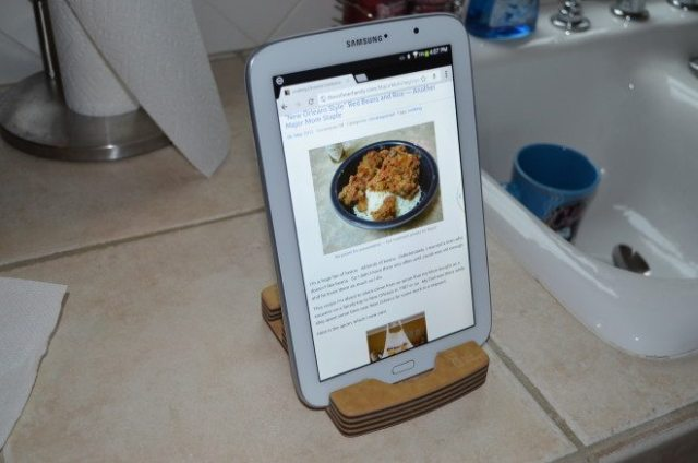 """The Samsung Galaxy Note tablet works perfectly well with the Chef Sleeve """"iPad Stand"""". Photo: Patricia Vollmer."""