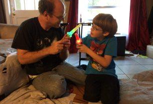 Lightsaber Popsicle duel  Image: Dakster Sullivan
