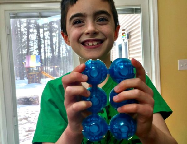'Fidgitz' is the Perfect Brainteaser for Wiggly Kids | Caitlin Fitzpatrick Curley, GeekMom