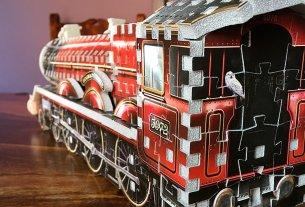 Hogwarts Express Wrebbit 3D Puzzle, Image: Sophie Brown
