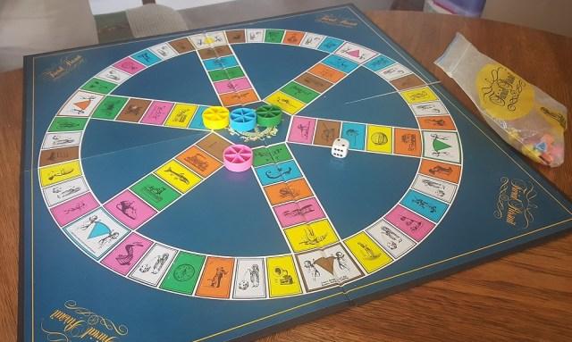 trivial pursuit boardgame