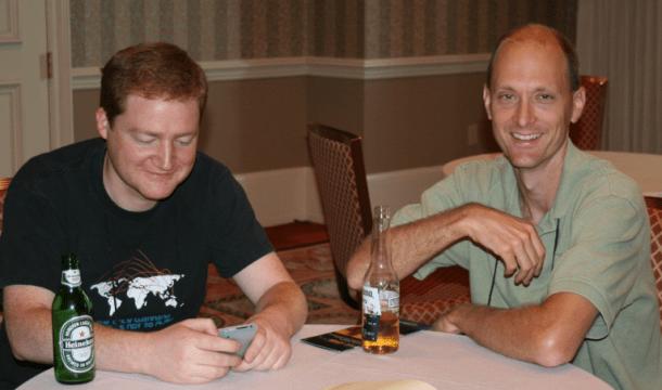 Charlie Miller e Collin Mulliner - cuidado ao receber SMS desses dois...