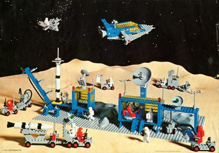 Lego Alpha Rocket Base