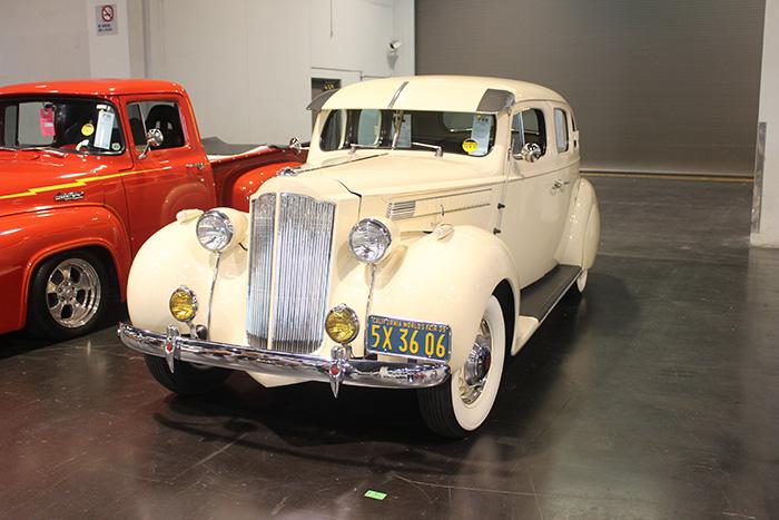 1939 Packard Six sedan, 237ci, 3-speed.